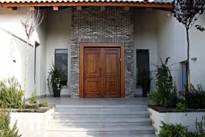 מדרה דלת כניסה