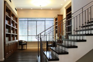 מדרגות וספרייה של חברת מדרה