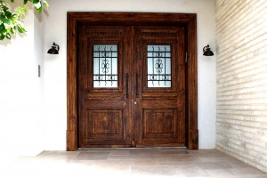 דלת כניסה מדרה