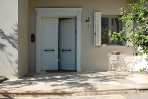 MADERA דלתות